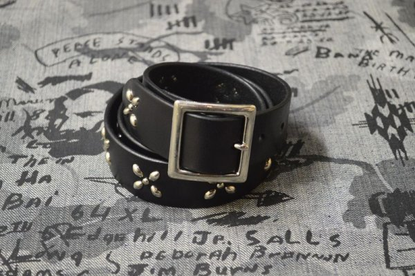 画像1: 【VENOM】QEE別注 CROSS STUDS BELT / BLACK x SILVER
